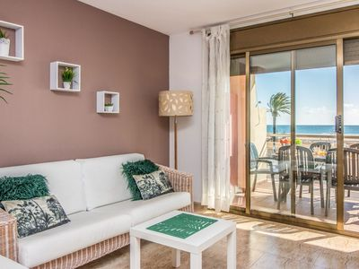 Photo for Apartment with sea view and located directly on the promenade of Empuriabrava