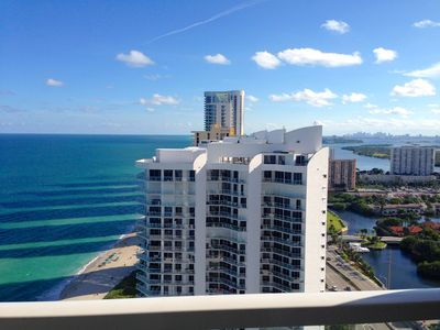Photo for Direct Ocean 2 Bdm W/ Big Views Of Ocean, Beach And City. SIBFL license STR-150