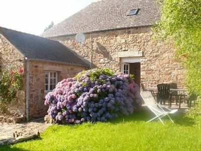 Photo for Attractive stone construction in the countryside and close to the beaches...