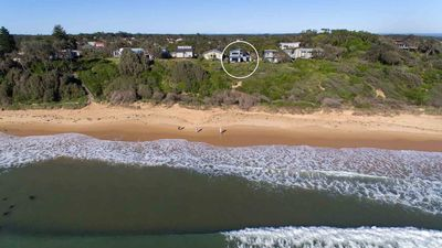 Photo for BEACH PERFECT, Culburra Beach - Absolute Beachfront & 4pm check out Sundays!