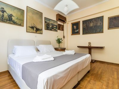 Photo for Elegant apartment 2 minutes from the Acropolis