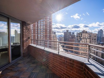 Photo for NY Medical and Business 30 Day Rentals 3 Bedroom