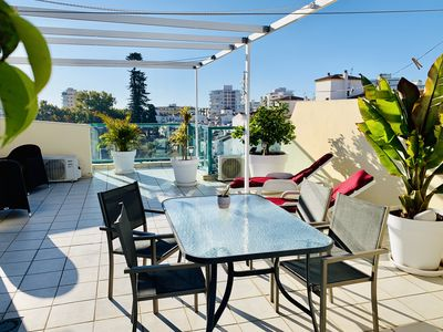 Photo for Beautiful floor with two bedrooms and large private roof terrace