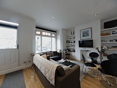 Photo for Spacious 2-Bed Flat w/Modern Skylights near Fulham