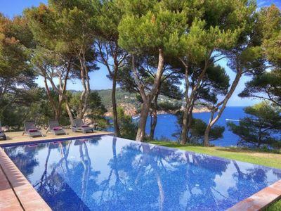 Photo for 5 bedroom Villa, sleeps 10 in Tamariu with Pool, Air Con and WiFi