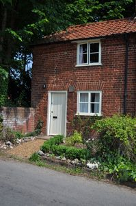 Photo for Cottage In Brampton (Near Aylsham), Norfolk