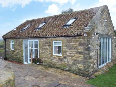 Photo for THE COWSHED, pet friendly, with open fire in Hawsker, Ref 1009411