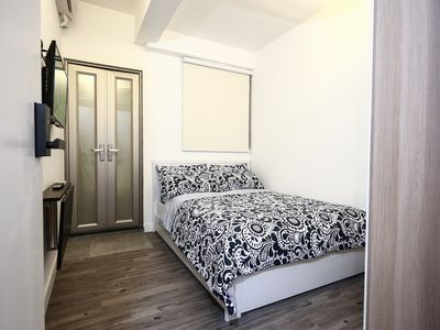 Photo for Ensuite Double Room @ 1min to MTR 1