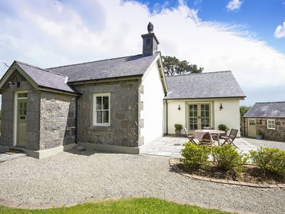Photo for Tegfryn Cottage, MARIANGLAS