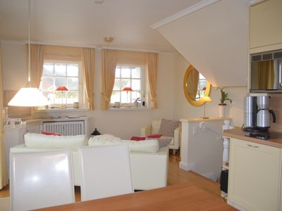 Photo for Excl. 4 * - apartment in Pfl. Thatched cottage & you. Watt view & 2 terraces