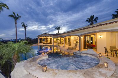 5 Bedroom Luxury Home In Private Beach