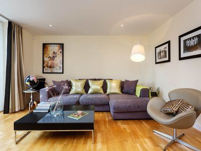 Photo for Sleeping 4, one bedroom apartment in the popular Angel Islington (Veeve)