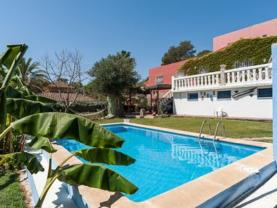 Photo for Charming holiday home with pool - Bambú