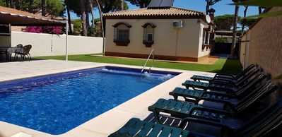 Photo for INDEPENDENT VILLA WITH POOL NEAR THE BEACH LA BARROSA AND NATURAL PARK.