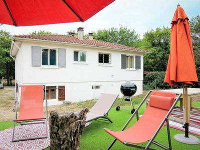 Photo for 3BR Villa Vacation Rental in Soulac-sur-Mer, Gironde