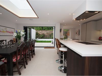 Photo for High spec Battersea townhouse, located close to exclusive Chelsea (Veeve)
