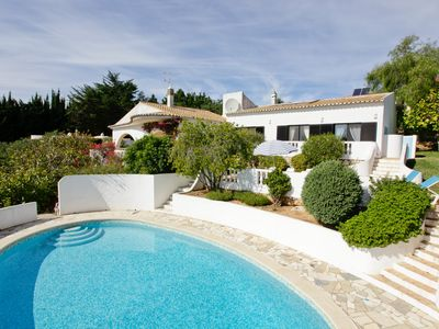 Photo for Lovely Villa In The Village Of Praia Da Luz 5924/AL