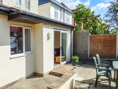 Photo for BEACH RETREAT, family friendly in Southbourne, Ref 942905
