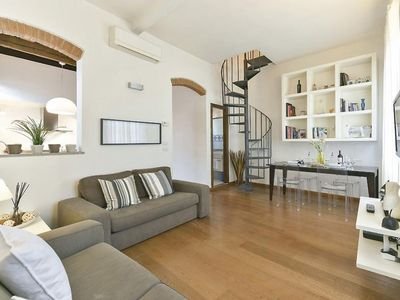 Photo for Albione apartment in Santa Maria Novella with WiFi & integrated air conditioning.