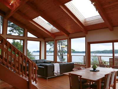 Photo for Pacific Retreat  Stuning views of the Ocean