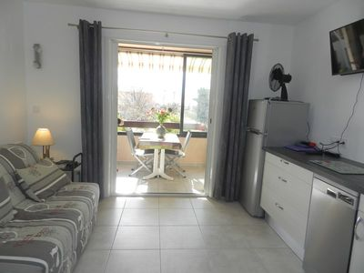 Photo for Charming studio. 150m from the beach and 100m from shops. 4 Pers.