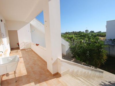 Photo for Villetta lfonso Alta apartment in Marina di Mancaversa with private terrace.