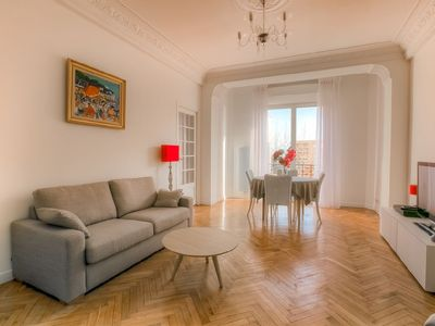 Photo for Belle epoque apartment in the centre of Antibes a stone's throw from the beach