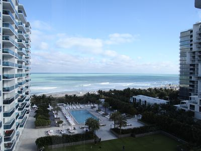 Photo for Awesome 1 Bedroom Ocean View on the Beach