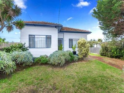 Photo for 3BR House Vacation Rental in Ocean Grove, VIC
