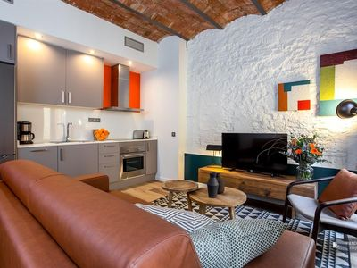 Photo for Friendly Rentals The Music V apartment in Barcelona