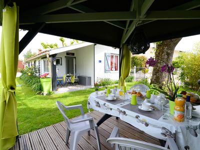 Photo for Chalet with garden 5 km from La Dune du Pilat and Arcachon Bay