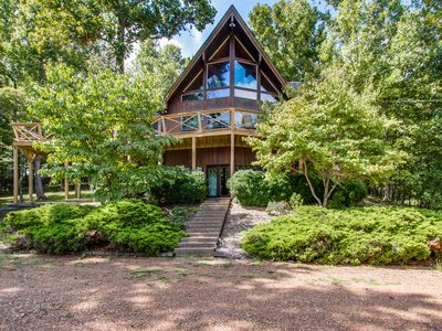 Five Bedroom Two Bathroom Beautiful Home With A Big Lake View And Wildlife