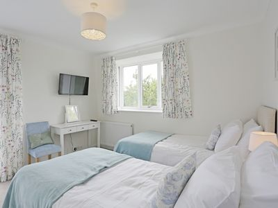 Photo for Barton House - Three Bedroom House, Sleeps 5