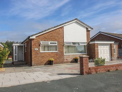 Photo for ROSSALL BEACH COTTAGE, pet friendly in Fleetwood, Ref 989223
