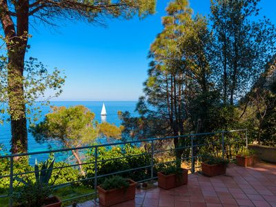 Photo for Beautiful independent villa in the Mediterranean vegetation and overlooking the crystal clear waters