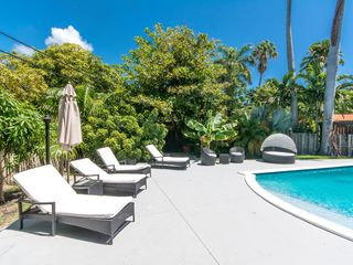South Beach Luxury Retreat Walking Distance Homeaway