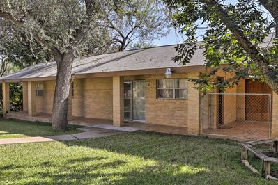 This 1-bed, 1-bath Laredo vacation rental house offers a welcome retreat!