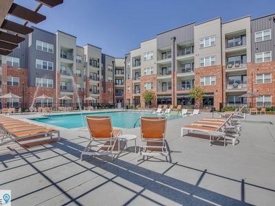Photo for Relaxing in Germantown! Perfect for every occassion by STA Here!