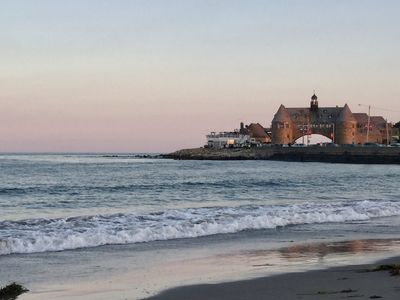 Walking Distance to the town beach, Sea Wall, Coast Guard House & more
