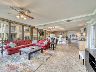 Photo for Beautiful, Extra Large Corner unit at Holiday Isle with Extra Outdoor Living Space!