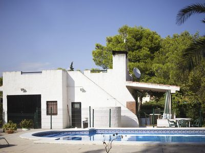 Photo for Stunning private villa for 6 people with private pool, WIFI, TV, balcony and parking