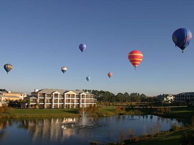 Early morning hot air baloons, a regular sight/treat over Bahama Bay.