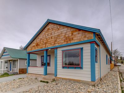 Photo for Switchback House - Completely remodeled near Leadville 100 start line!