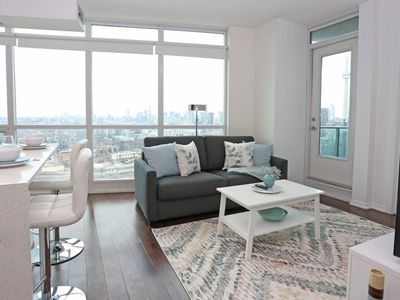 Photo for 2 BR w. Incredible views in the heart of downtown.