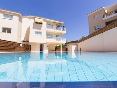 Photo for 2 Bedroom Apartment with Communal Pool - Avlida Complex