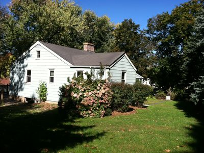 Cozy And Inviting Nestled In The Heart Of Ny Apple Mecca. Easy 5 Min. To Village