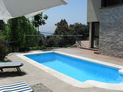 Photo for Beautiful villa with private heated pool, barbecue and beautiful sea view