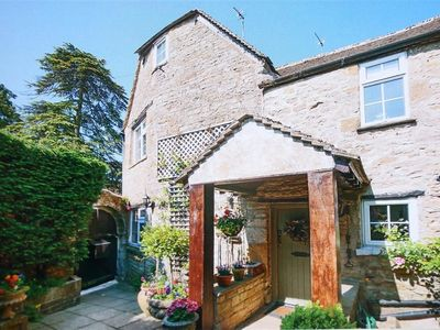 Photo for Pike Cottage, STOW-ON-THE-WOLD