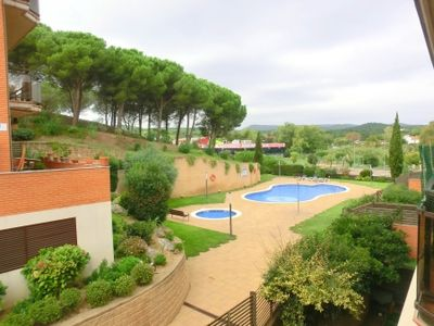 Photo for 2 bedroom Apartment, sleeps 4 with Pool, Air Con, WiFi and Walk to Beach & Shops