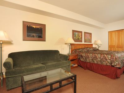 Photo for Perfect Mountain Getaway with Pool, Hot Tub + Parking!